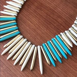 Jewelry - Spiky statement bib necklace